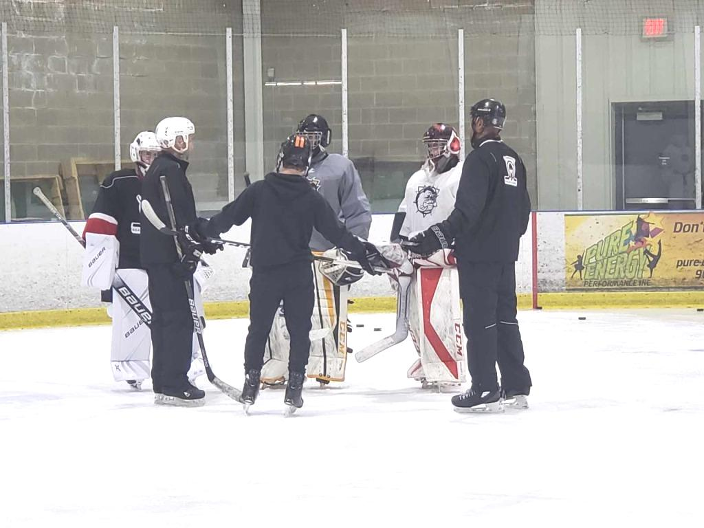 2019_HJB_Goalie_Clinic_-On_Ice_3.jpg